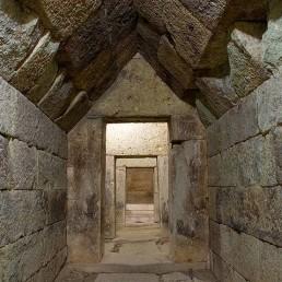 Mezek Tomb