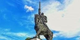 Паметник на хан Аспарух в Добрич