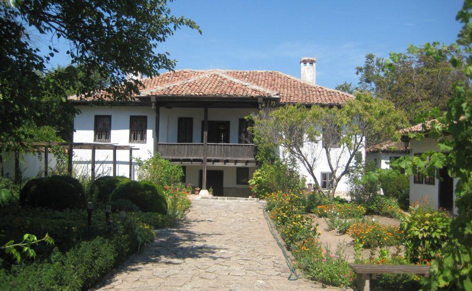 Етнографски комплекс Каварна