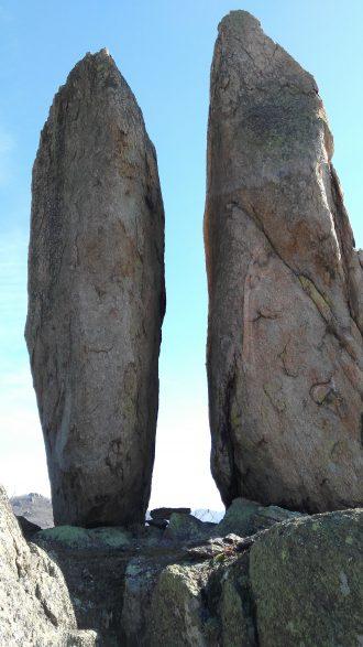 Правите камъни