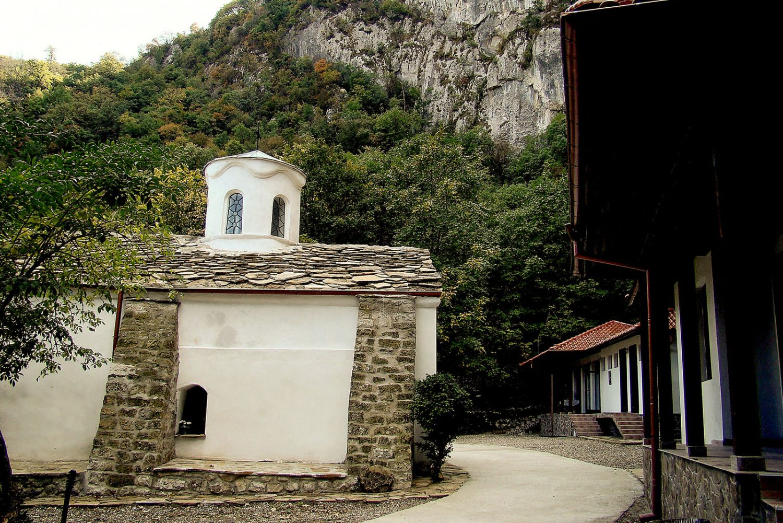 Манастир Свети Иван Пусти